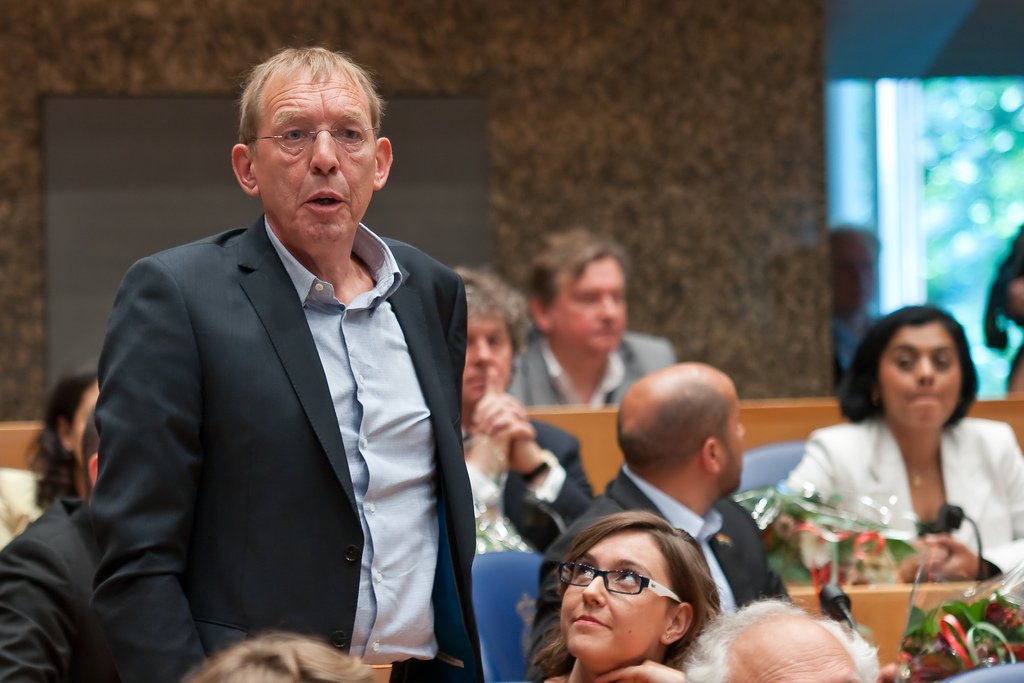 Paul Ulenbelt wordt beëdigd in de Tweede Kamer.